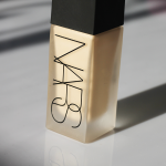 Nouveau fond de teint liquide Nars : All day Luminous Weightless Foundation