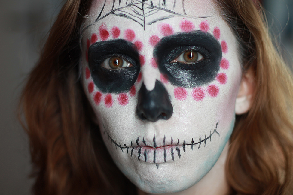 Maquillage sp cial halloween tuto simple de la mexican skull quand fanny blog beaut - Maquillage de sorciere pour petite fille ...